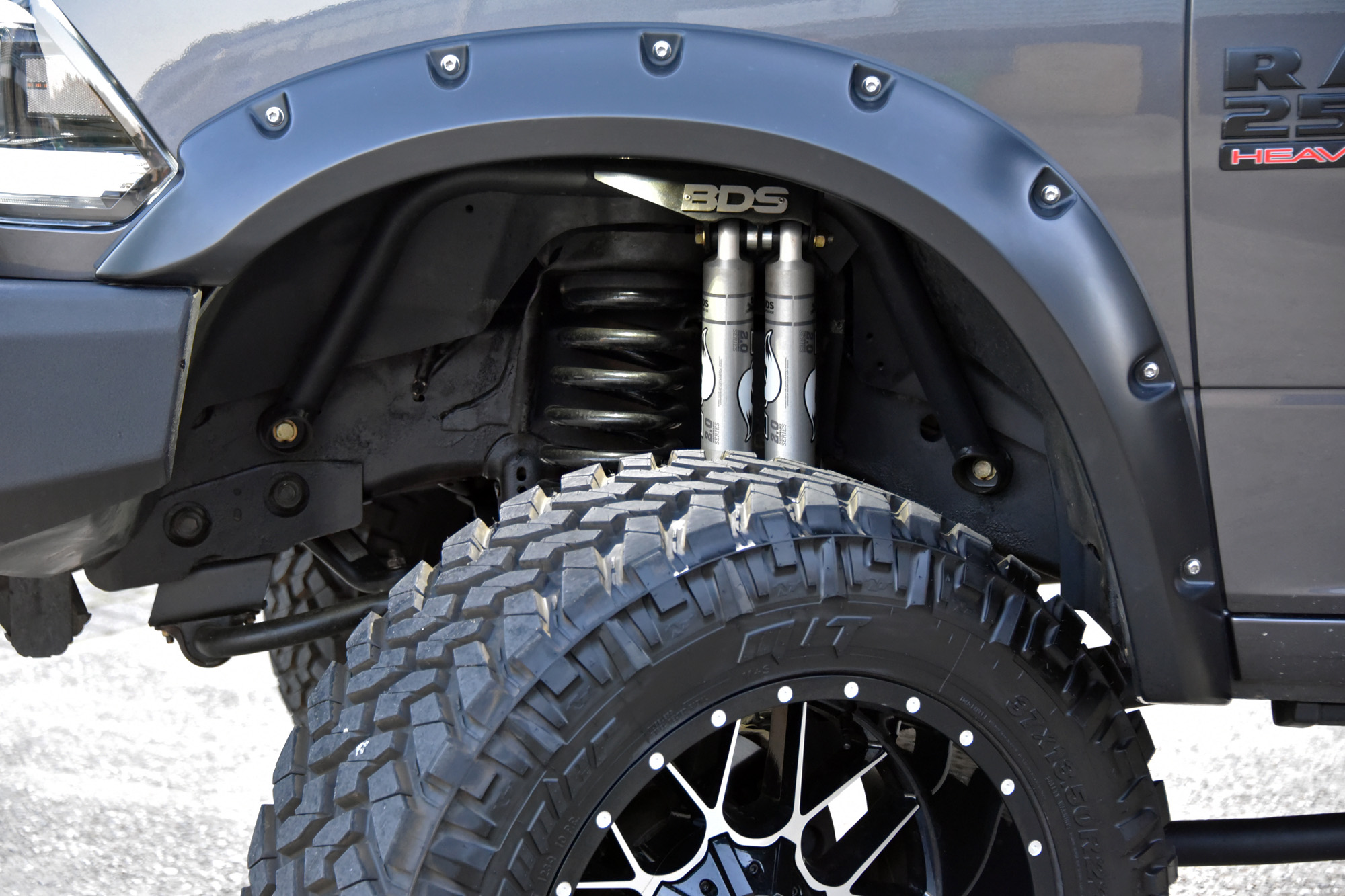 6-inch-suspension-lift-and-lights