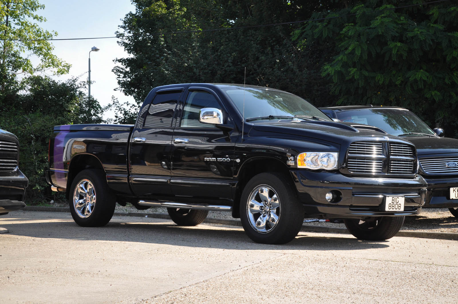 2005 05 dodge ram 1500 quad cab 4x4 just 28 000 miles. Black Bedroom Furniture Sets. Home Design Ideas