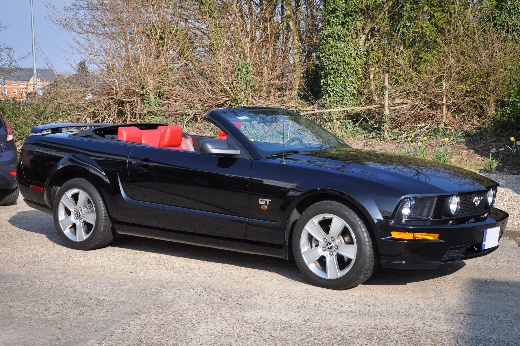 2006 55 ford mustang gt 4 6 litre v8 convertible premium 19 000 miles full history. Black Bedroom Furniture Sets. Home Design Ideas