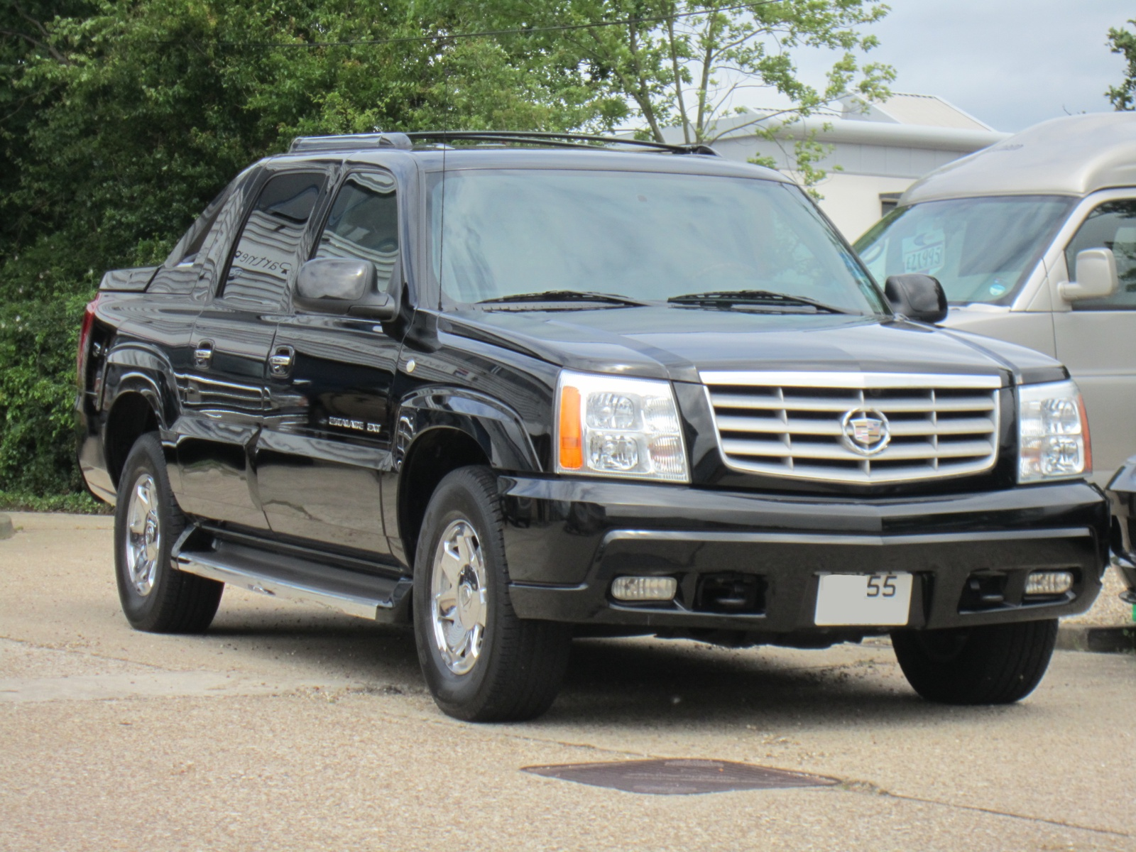 2005 05 cadillac escalade ext luxury pickup truck 4x4. Black Bedroom Furniture Sets. Home Design Ideas