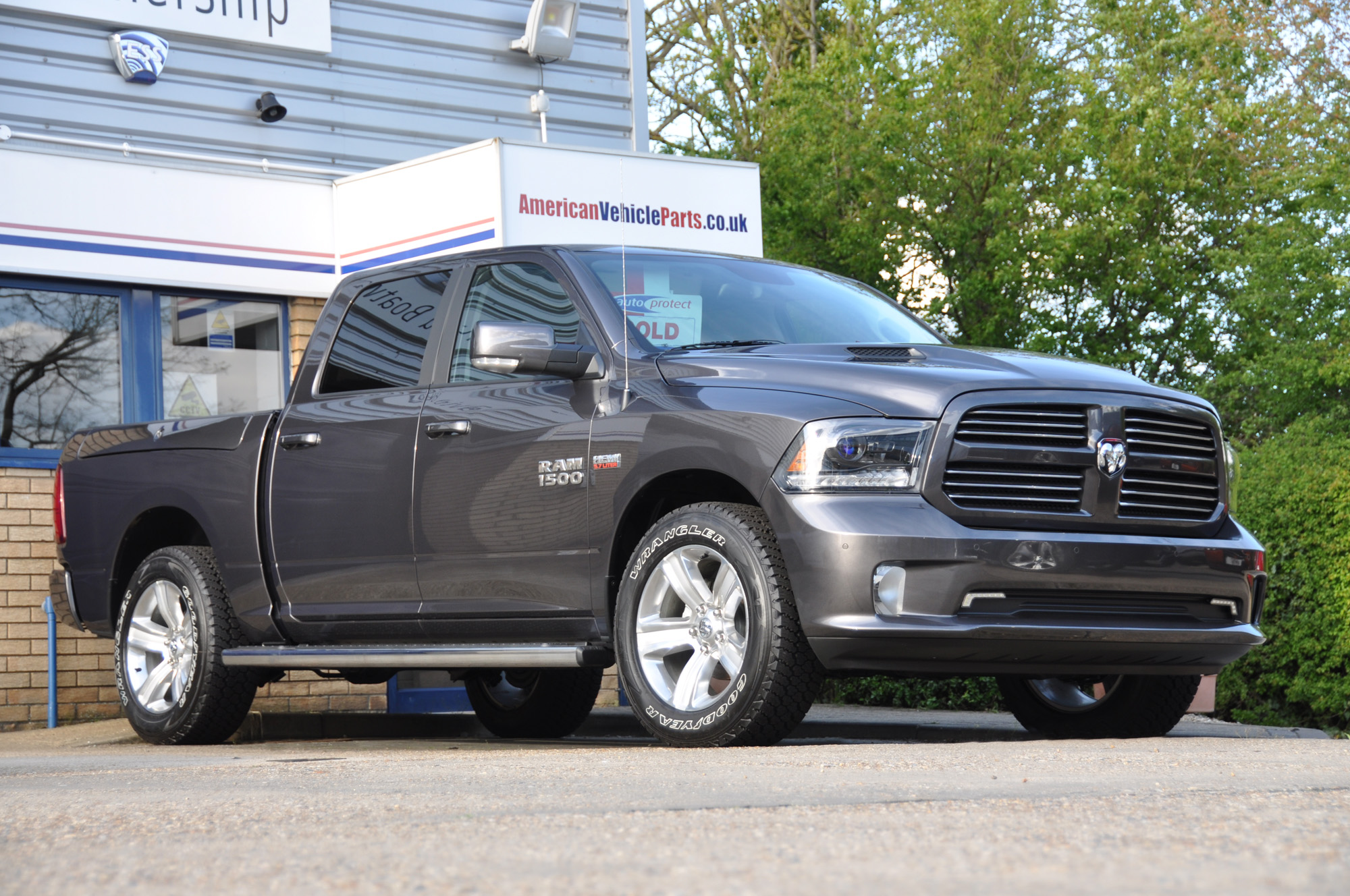 Dodge Ram Crew Sport Granite Crystal