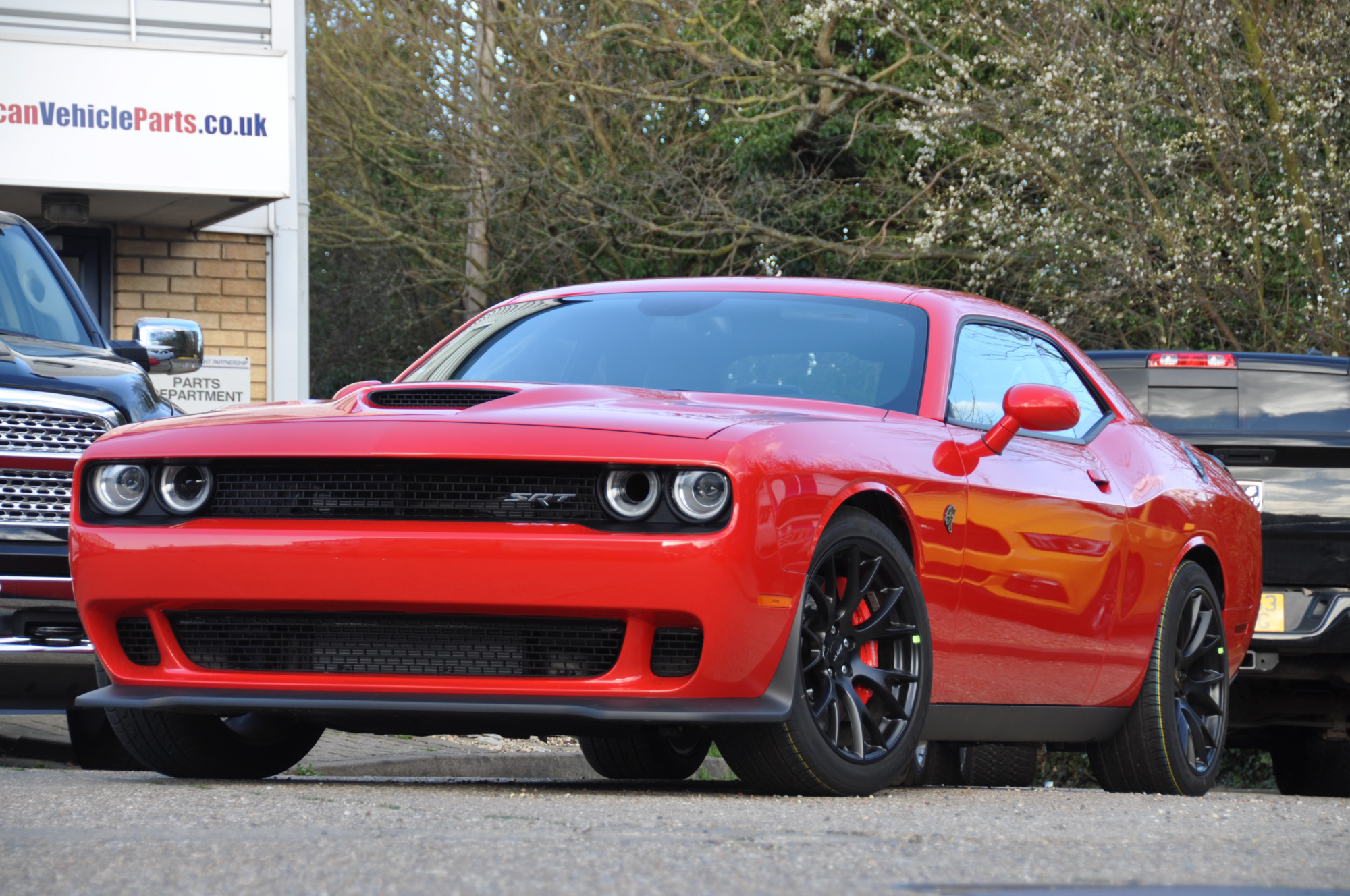 2016 challenger hellcat uk registered 500 miles tor red. Black Bedroom Furniture Sets. Home Design Ideas