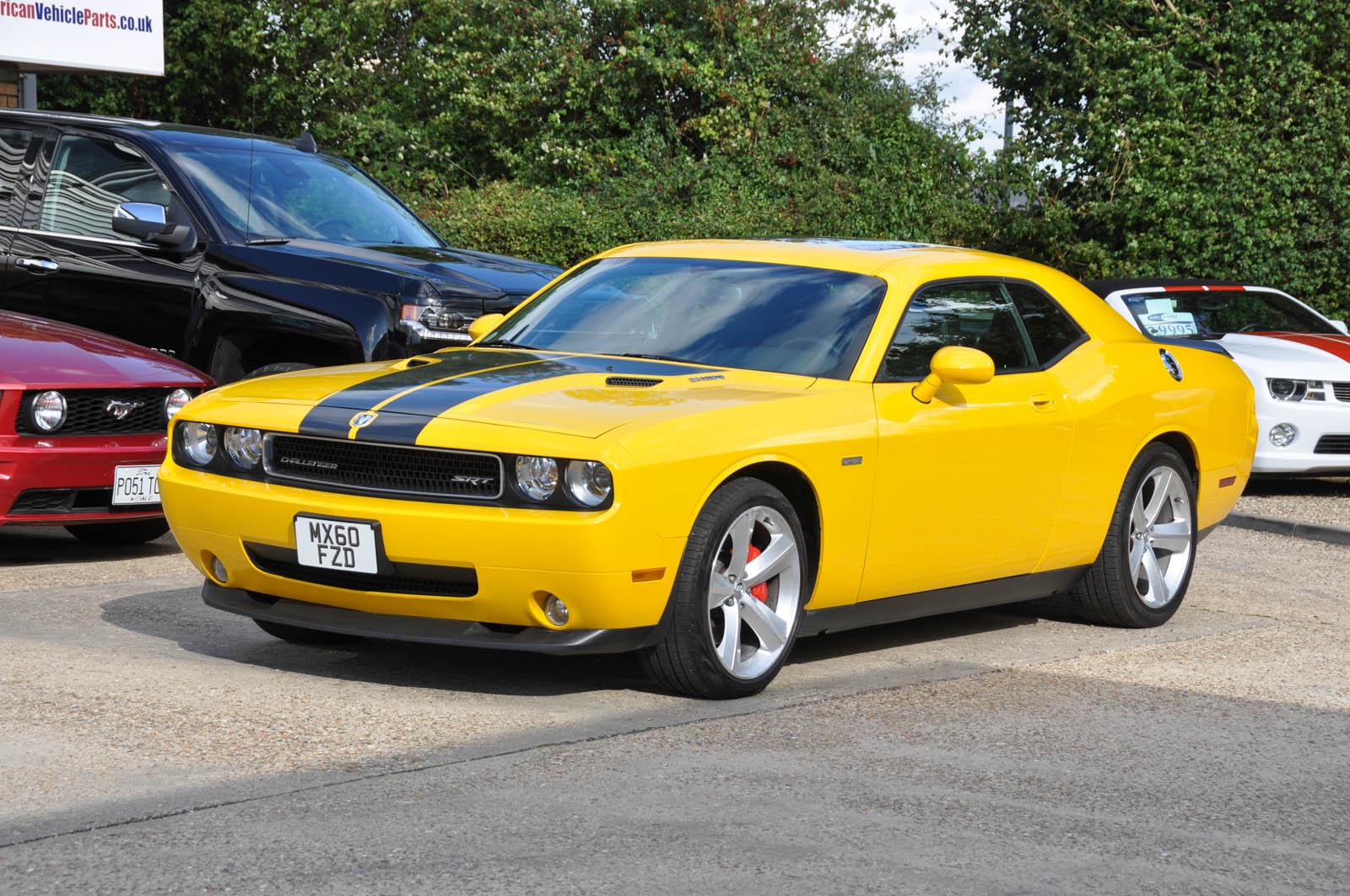 dodge challenger srt8 2010 auto 23 000 miles 6 1 litre v8. Black Bedroom Furniture Sets. Home Design Ideas