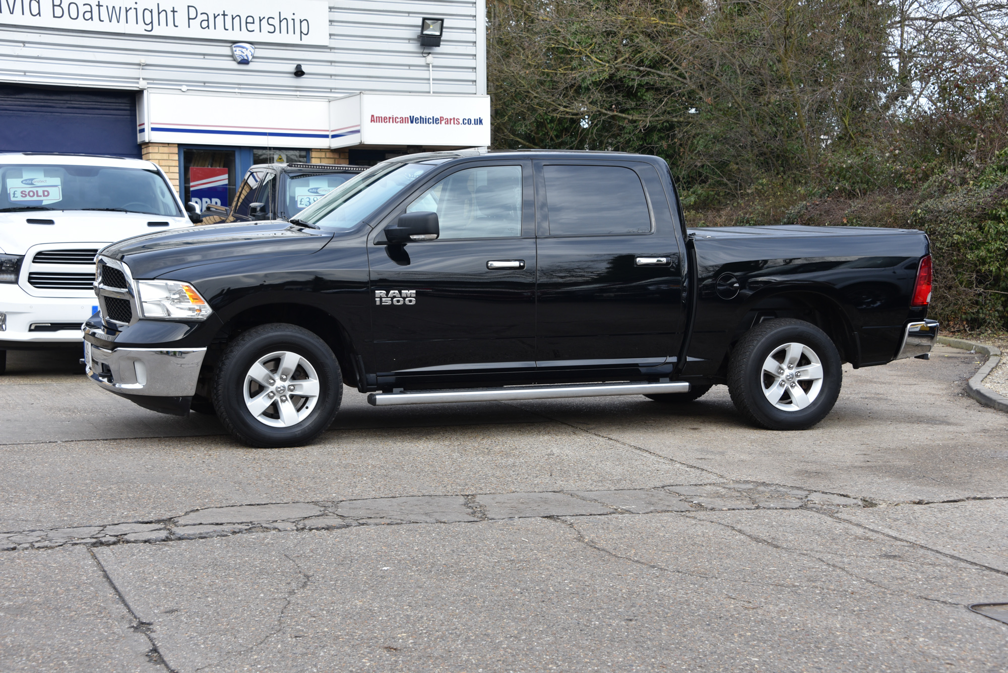 2013 dodge ram 4x4 crew with lpg for sale in the uk. Black Bedroom Furniture Sets. Home Design Ideas