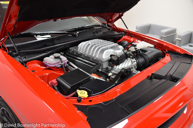 Challenger Hellcat Engine