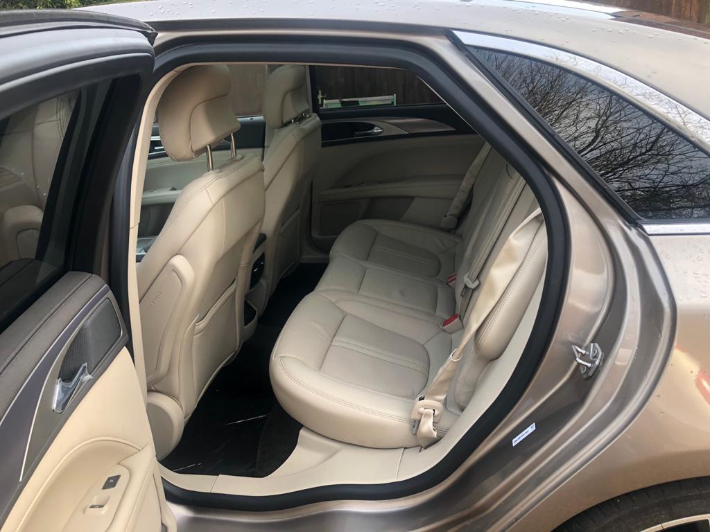 Hybrid Saloon 21 Reg Lincoln MKZ LHD