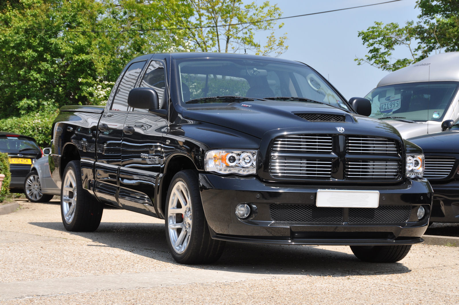 2005 05 dodge ram srt10 quad cab 16 000 miles only. Black Bedroom Furniture Sets. Home Design Ideas